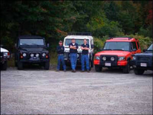 independent land rover technicians of Massachusetts standing by their work